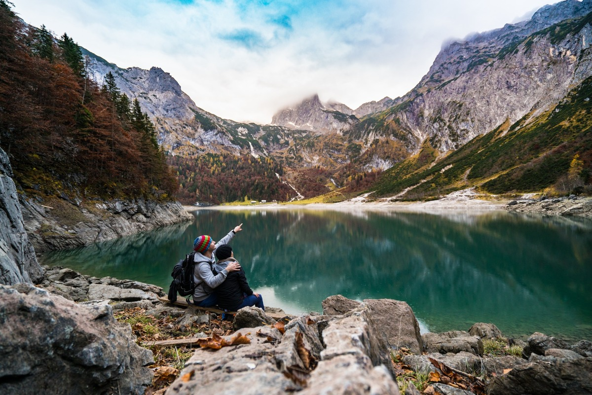How to plan a romantic hike